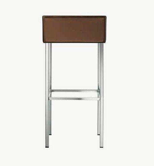 Barpalll med klädd sits, många färger att välja på ben alternativ tyg. Serien Twin har även en pall samt barstol. Barstolen är tillverkad i stål med metallack samt med ett sittskal som är stoppat/klätt. Stolen väger 7,7 kg och är förhållandevis lätt.  Tyg Lido 100 % polyester, brandklassad. Tyg Luxury, 100 % polyester, brandklassad. Konstläder Pisa, brandklassad, 88,5% PVC, 11,5% polyester.