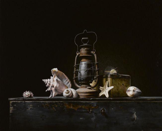 Roman Reisinger - Stilleven met lantaren en schelpen