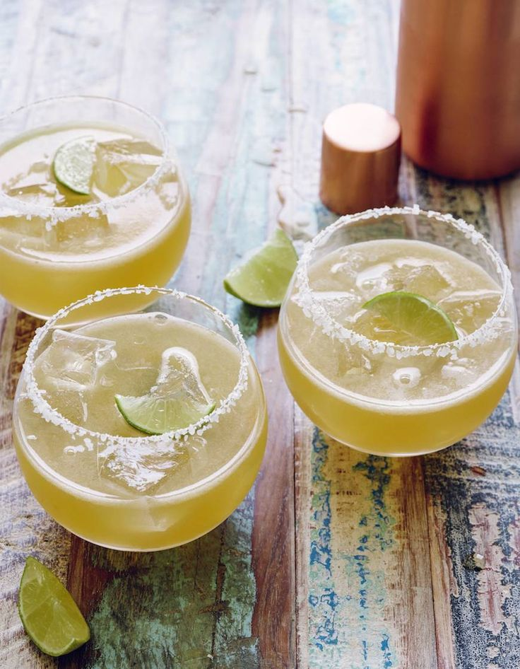 A recipe for the perfect Skinny Margarita! All you need are a few key ingredients and you'll be sipping on a delicious cocktail in no time!