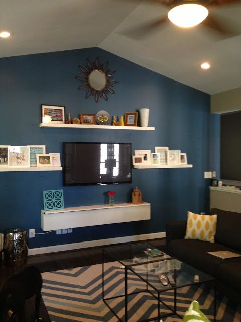 Best 25+ Focal wall ideas on Pinterest Brick fireplace wall - how to decorate a long wall in living room