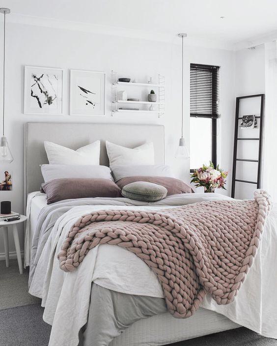 chunky blanket ou couverture de grosse maille cosy- rose poudré