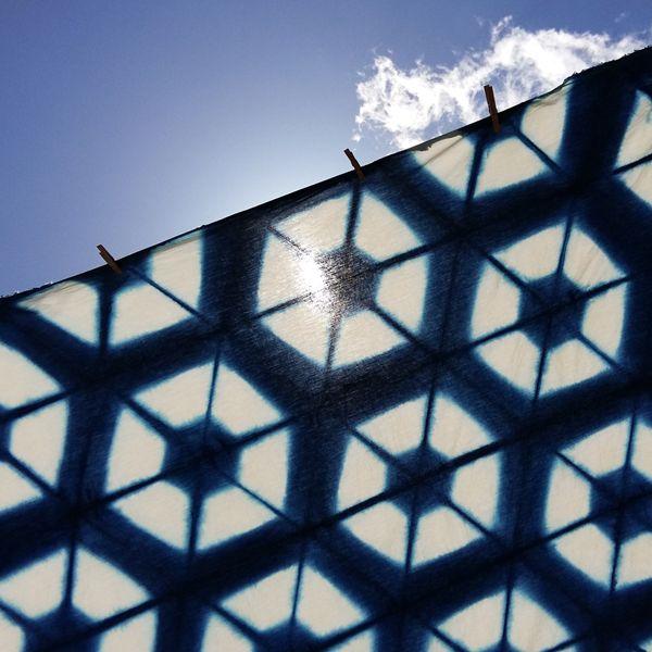 Proyecto hexagonal de shibori *** Shibori hexagonal project  #RuralInside #SlowTextileConcept #SlowColors