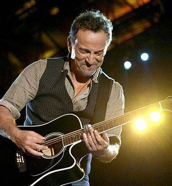 Bruce Springsteen Magic Tour Setlists