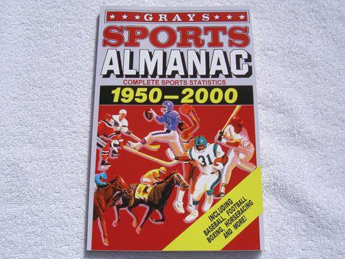 GRAYS-SPORTS-ALMANAC-156-PAGE-BOOK-BACK-TO-THE-FUTURE-2-II-PROP-BTTF-DELOREAN