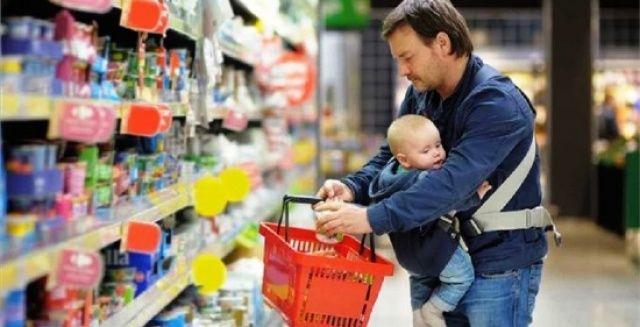 Почему отпуск по уходу за ребенком для белорусских отцов - не такая уж плохая идея? Давайте обсудим