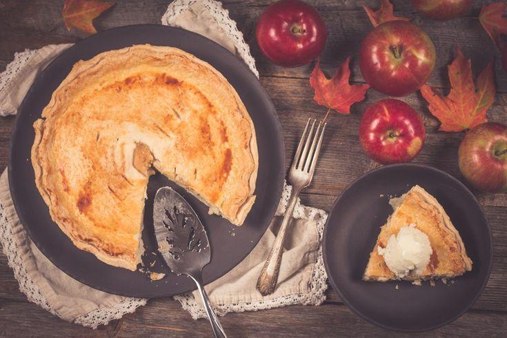 Tarte aux pommes et sucre à la crème.  SIMPLE et délicieuse!!!  Visites notre blog http://monplana.ca/tarte-aux-pommes-et-sucre-a-la-creme/  et notre page Facebook https://www.facebook.com/monplana/