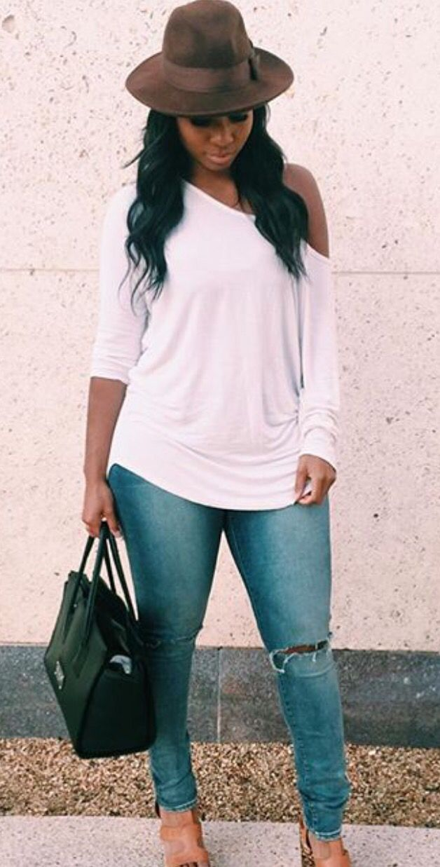 1. Neutral Hat 2. Off-shoulder Top 3. Jeans 4. Neutral Sandals