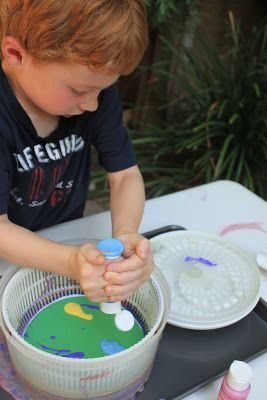 Juggling With Kids: Spin Art