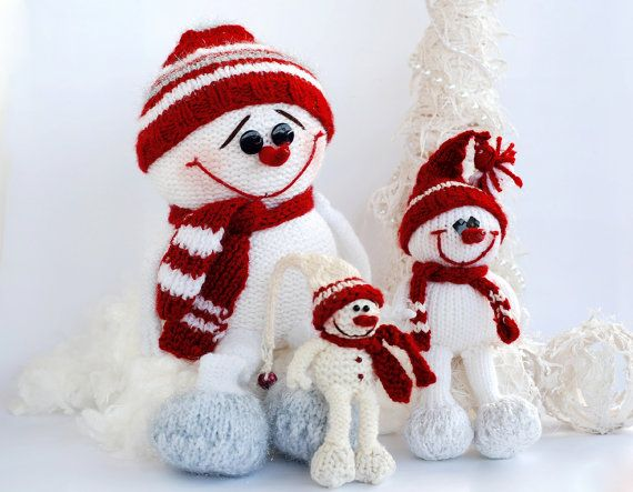 Knitting Patterns Christmas : SALE 3 Snowmans - pdf knitting patterns. Christmas Ornament