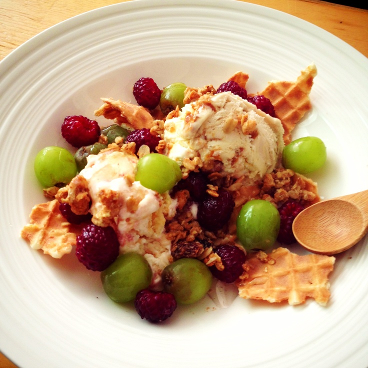 Dessert by HoniBee. Icecream with fruits #dessert