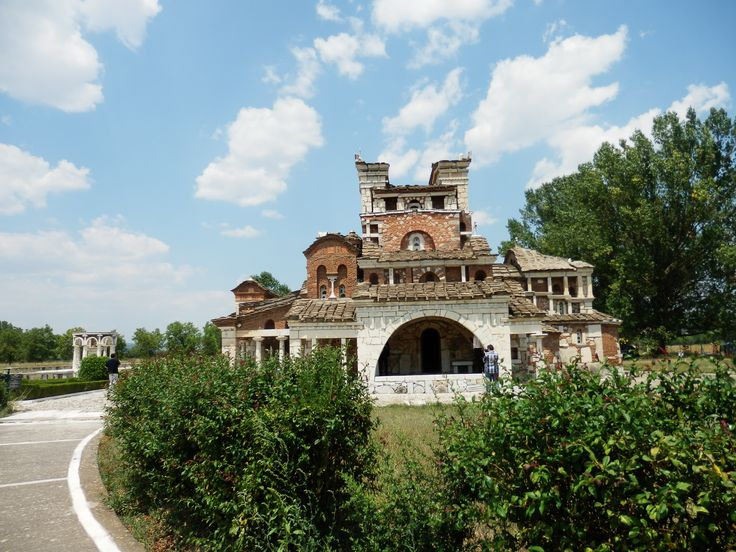 St. Fotini is an unusual orthodox church located in the area of Mantineia.