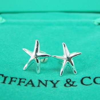 Tiffany & Co. Starfish Earrings so cute