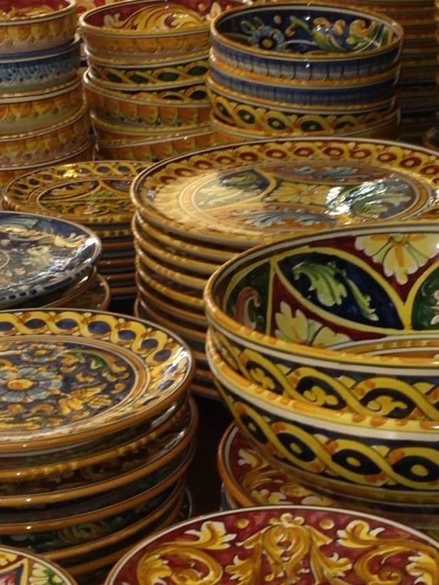 Sicilian plates and bowls.  #coloridellaceramica