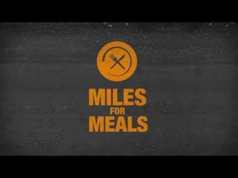 De calories a aliments. Una app et permet calcular el nombre de calories perdudes després d'una jornada d'esport i calcular l'equivalent en aliments. Un cop tens l'equivalència, pots fer una donació a una ONG.