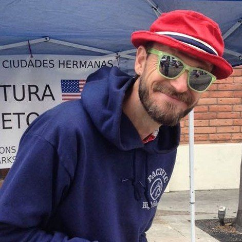 Sharing information about the cultural exchanges between Sister Cities Loreto Mexico and Ventura California during US Independence Day July 4th in downtown Ventura. The committee meets on the third Thursday of the month 6pm at the Mission. Contact me to come lean more about sister parks environmental projects the fall trip pen pals art... Let's have some fun. #sister #city #Ventura #Loreto #usa #mexico #parade #Spanish #English #exchange #intercambio #travel #Art #language #international…
