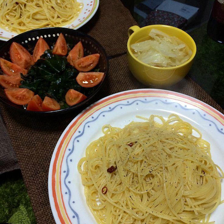 ワカメサラダ、ペペロンチーノ、野菜スープ