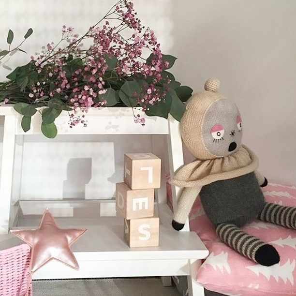 Great styling by @daphnyklaas with items found in the @little_venue webshop  I - - - #kidsinteriors_com #kidsinteriors #kidsinterior #kidsroom #childrensroom #nursery #nurseryinspo #nurserydecor #kidsdecor #decorforkids #barnrum #childrensdecor #kidsdesign #barnerom #kidsstyle #chambreenfant #instadecor #kinderkamer #kinderzimmer #design