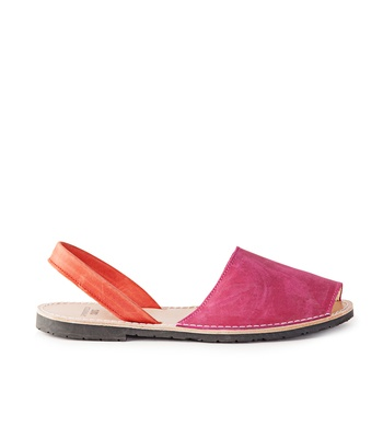 Love: SPRINGFIELD Leather Sandal in Orange and Pink (€36,99)
