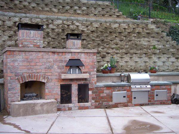 pizza oven, built-in bbqBackyards
