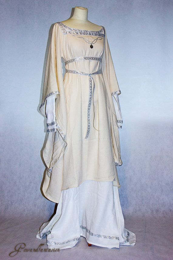 medieval wedding dress Matilda in white and cream, ooak, Size S-L, fantasy, princess