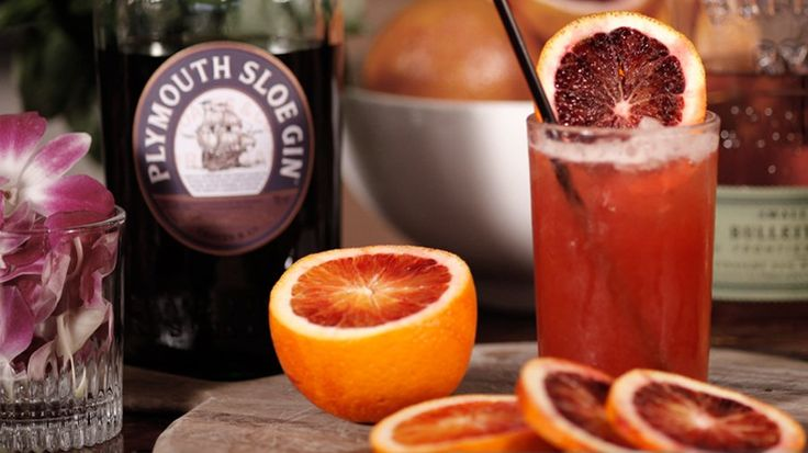 Drink This Brad Pitt-Inspired Alabama Slammer: We're here with mixologist Rob Floyd of 41 Ocean in Santa Monica, CA, to learn all about a crazy night he spent in Alabama with Brad Pitt, including a cocktail they imbibed.