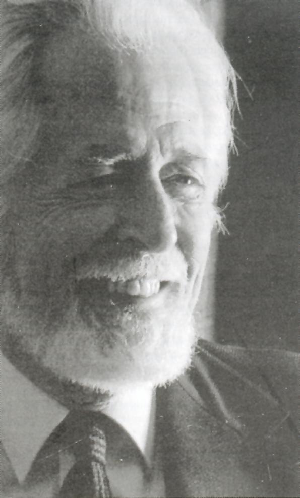 Jean Cartier (1924-1996) a été une grande figure du design québécois et canadien. En 1970, il en devient le designer principal chez Céramique de Beauce. Cet artiste de talent et de renom a donné par son design d'avant-garde un élan à l'entreprise.