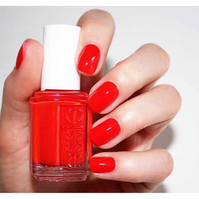 Essie Pink Nail Polish Bulk: Best 25+ Red Summer Nails Ideas On Pinterest