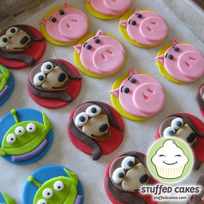 Tortas rellenas: Toy Story Cupcake Toppers