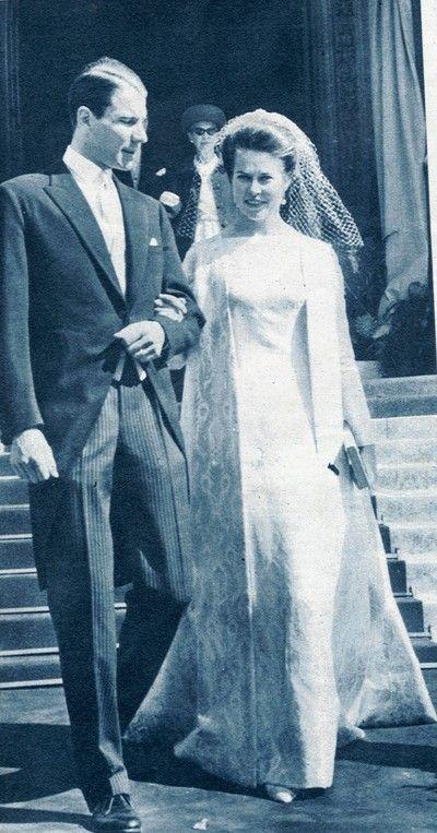 260 best Unforgettable Brides images on Pinterest | Royal weddings ...
