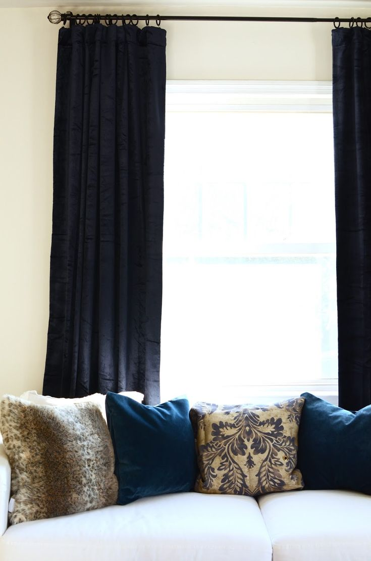 Kelly green velvet curtains - 17 Best Ideas About Blue Velvet Curtains On Pinterest Blue Velvet Velvet Curtains Bedroom And Velvet Drapes