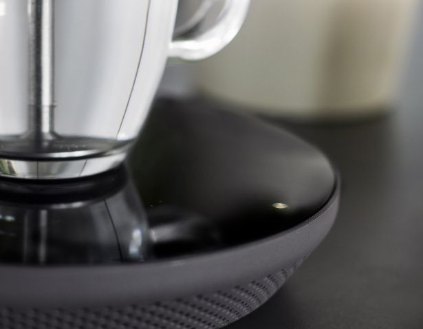 El hervidor de agua eléctrico Miito elimina nuestros hábitos de rebose de los hervidores de agua, bueno, como usted sabe la mayoría pueden llenarse hasta 500 ml mientras que una taza de té sólo requiere 250 ml. Esto significa, que la mayoría de las veces, la gente desperdicia el 50% de agua caliente, así como la energía que se usa para calentarla. Tuvie   http://www.tuvie.com