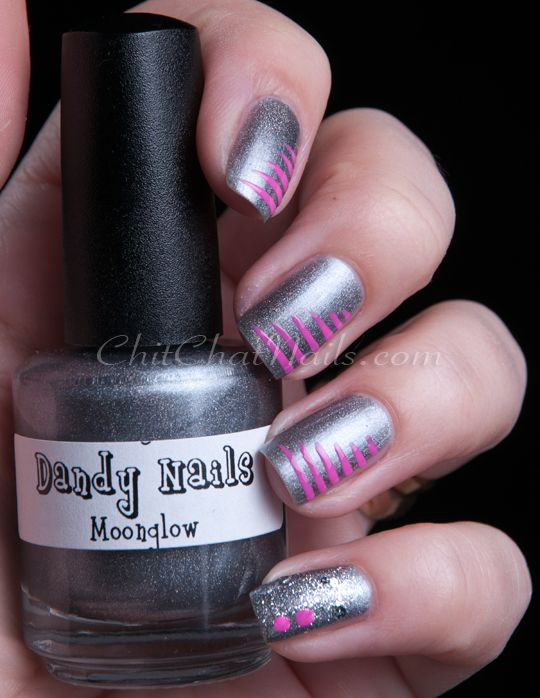 Cute pink and grey nails