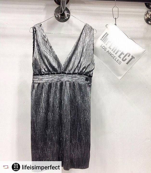 Fai diventare il tuo sabato total #silver, scegli nei nostri #store questo #minidress Imperfect.