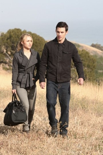 Still of Hayden Panettiere and Milo Ventimiglia in Heroes