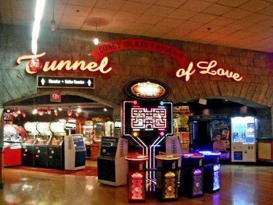 Coney Island Emporium Vegas
