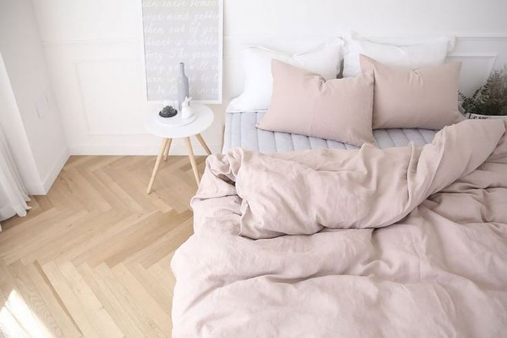 Linen sheets - pink and grey