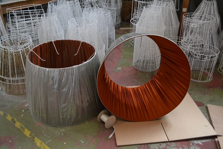 Love the contrast on these. A real colour pop lampshade.