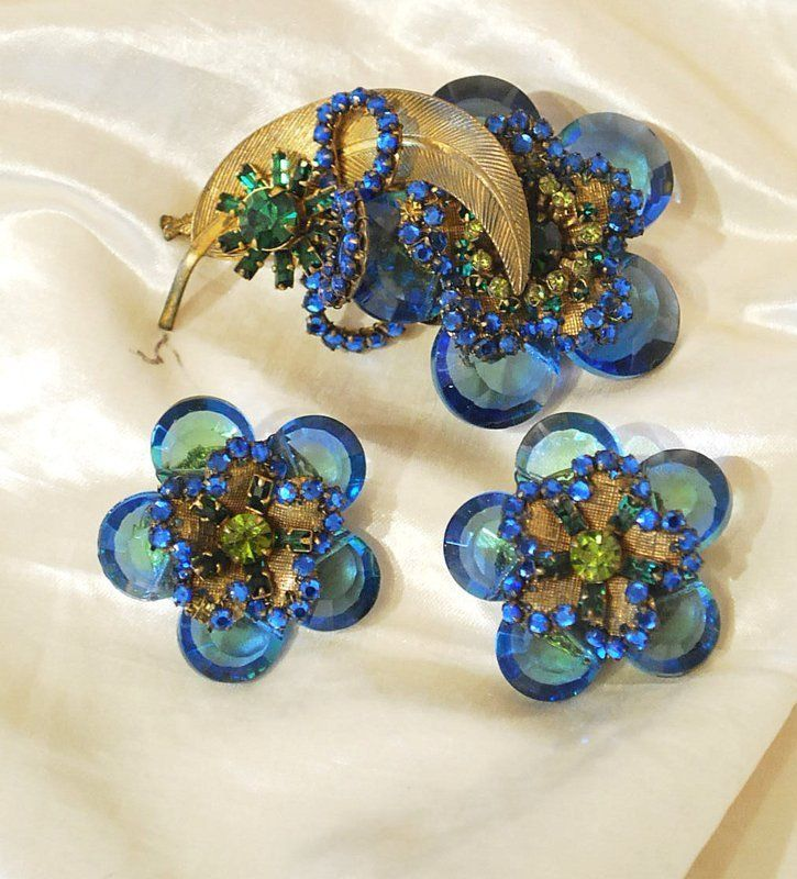EARLY MIRIAM HASKELL FACETED GLASS AND RHINESTONE CLUSTER BROOCH & MATCH EARRING #MiriamHaskell