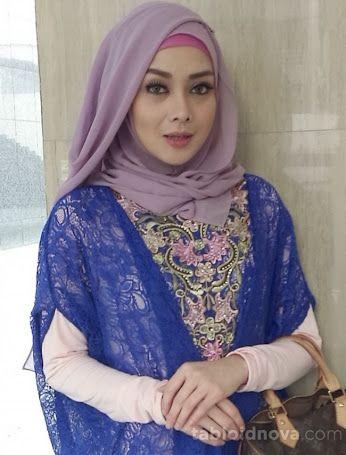 Aktif dalam komunitas muslim, benarkah Terry Putri sedang mencari jodoh seorang ustaz?