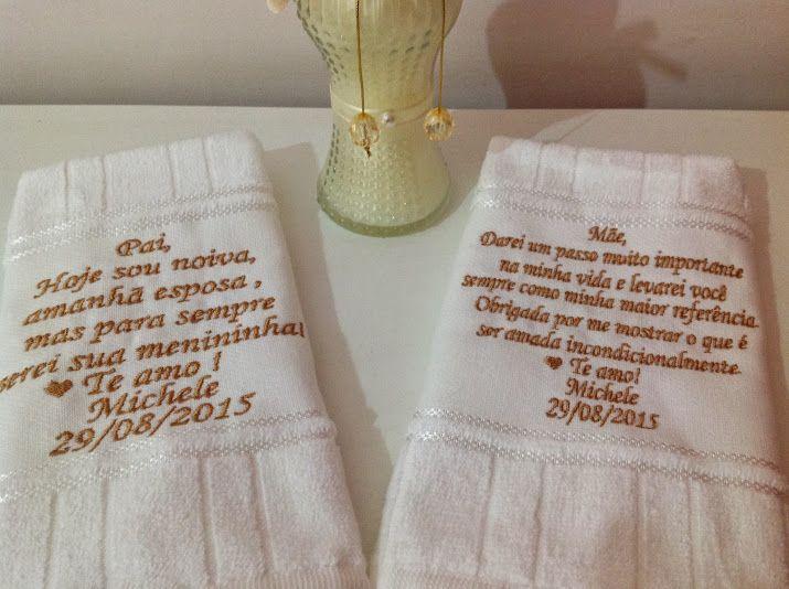 Ideias casamento lembrancinha pais http://www.elo7.com.br/toalha-bordada-para-os-pais-dos-noivos/dp/43B6DB