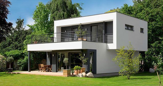 **TOPO** Franck a été séduit par le design des maisons booa mais aussi par l'équipe et sa démarche humaine.Histoire d'une rencontre…