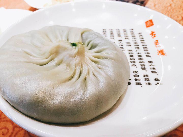 日本でも日常的に食べられている中華料理。ただ、ひとくちに中華料理と言っても、その種類は幅広く、四川料理のような辛いものから北京料理のように豪華なものまで様々です。その一つ、「江蘇料理」は、シンプルで素材の旨味を活かした料理で、薄味好みの日本人にぴったり。そんな江蘇料理の魅力を2回に分けてご紹介します。