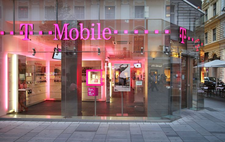 T-Mobile has the fastest and most consistent mobile data in the USSpeedtest owner Ookla has revealed its findings about who has the fastest mobile network in the United States. The outfit found that T-Mobile took the top spot over Verizon and AT&T with average speeds hitting 23.17 Mbps 21.13 Mbps and 20.05 Mbp... Credit to/ Read More : http://ift.tt/2j9LKHX This post brought to you by : http://ift.tt/2teiXF5 Dont Keep It Share It !!