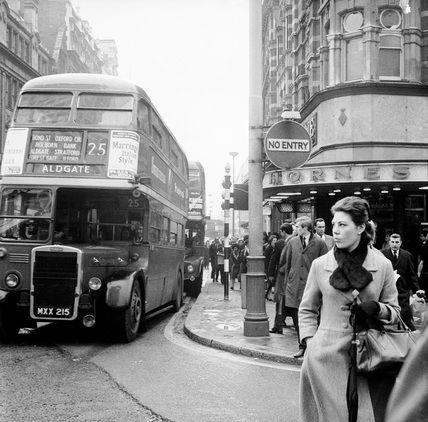 U.K. Tottenham Court Road and Oxford Street junction ...