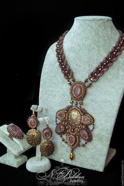 Купить Колье, кольцо и серьги с лепидолитами, жемчугом Сваровски и бронзовой - бургунди, бронзовый, золотой