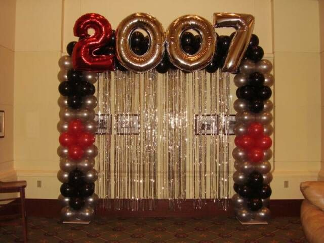 High school graduation balloon decorations bounce houses for Balloon decoration ideas for graduation