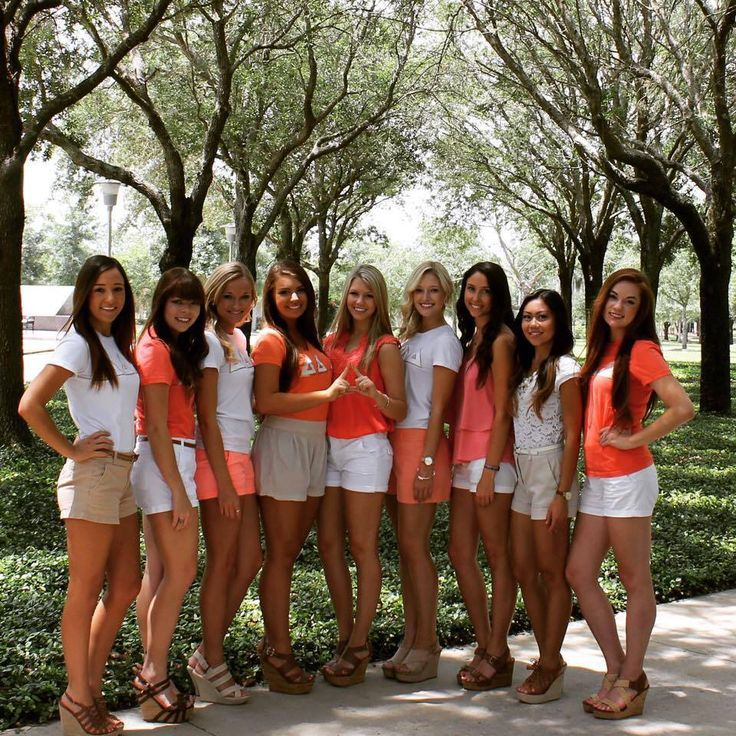 Love the matching colors from our USF chapter! Sorority