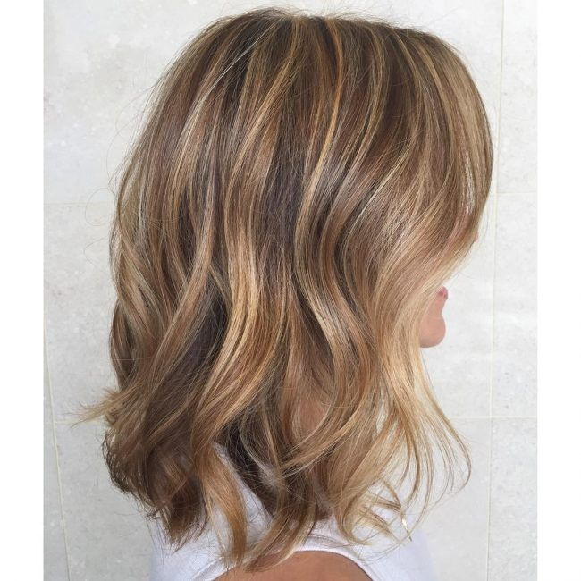 23 Trimmed and Highlighted Brown Waves