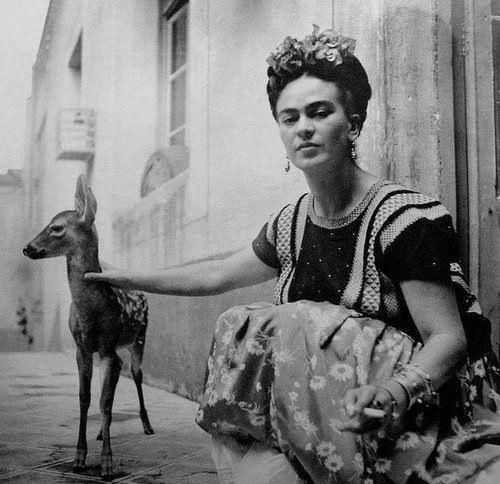 Fritz Henle. Frida Kahlo with pet deer.    http://semioticapocalypse.tumblr.com