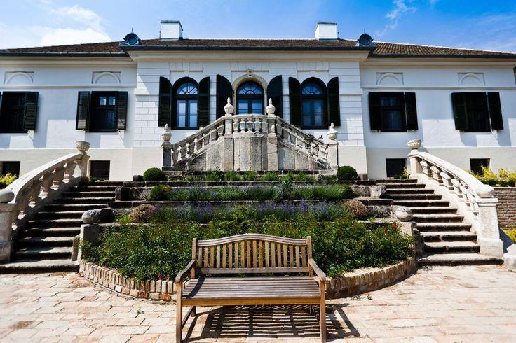 Apponyi Castle Hotel